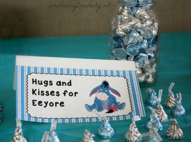 Winnie the Pooh Party - Hugs and Kisses for Eeyore