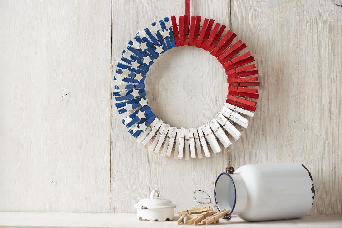 Clothes pin patriotic wreath