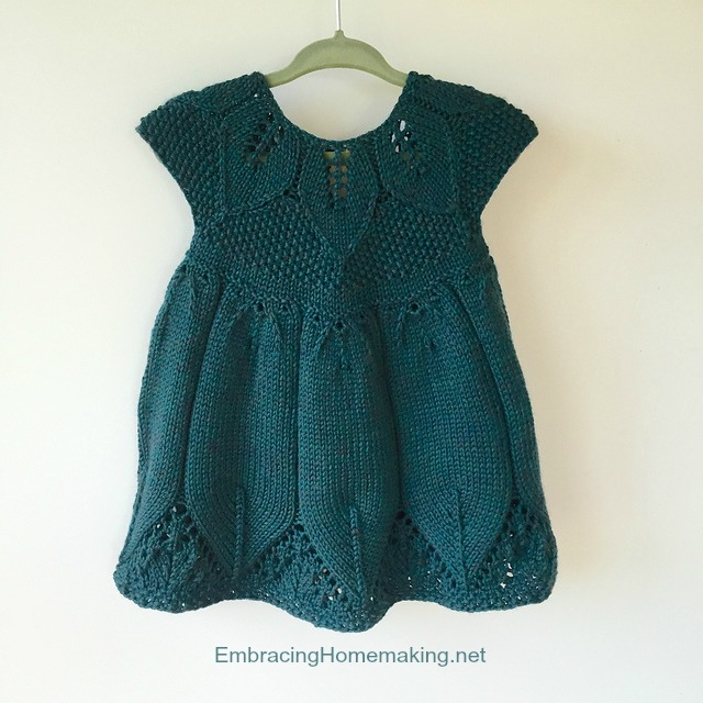 Baby Dress Free Knitting Pattern : Knitted Baby Dress Pattern